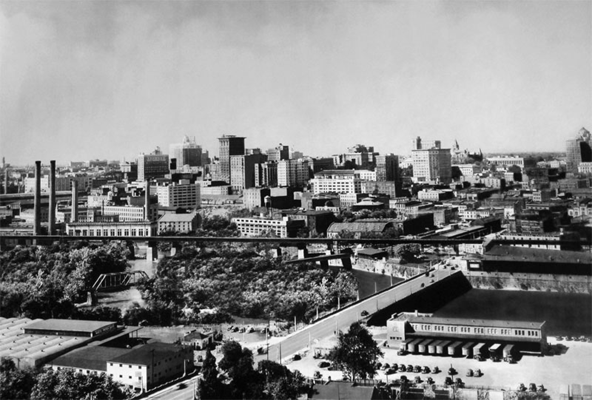 Richmond va skyline 1940 custom framing made simple richmond va skyline 1940 jeuxipadfo Gallery